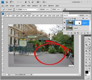 step5 725537 Photoshop: Quick and easy tourist removal