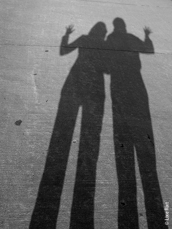 Image copyright Lize Rixt couple shadow Valentines Day photography   Capture the Essence of You